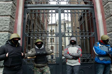 Пословни људи веома су обазриви поводом актуелне ситуације у Украјини као и у процени ризика који носи сарадња са украјинским партнерима. Извор: Reuters.
