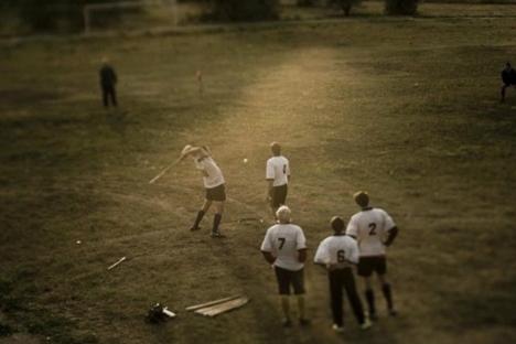 """Свајка је разонода која не изискује велики напор, али да бисте играли лапту морате бити у доброј физичкој кондицији. Извор: Константин Саломатин, """"Руски репортер""""."""