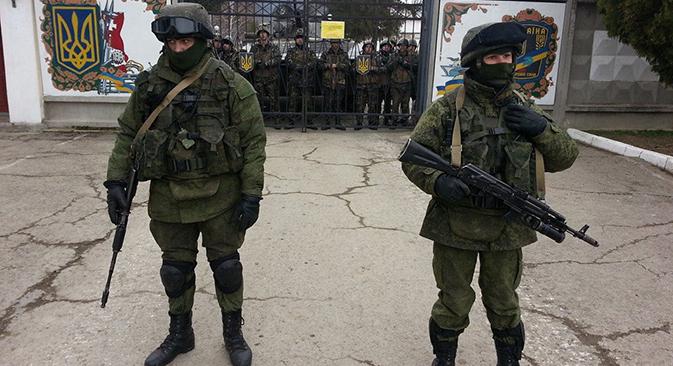 Власти Крима морају хитно да реше судбину преко 20 хиљада украјинских војника. Фотографија: Рикардо Маркина Монтањана / Руска реч.