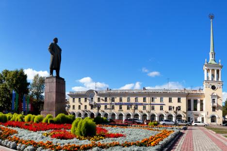 Многе грађевине у Ангарску не само да су сличне санктпетербуршким, него су буквално прекопиране. Извор: Lori / Legion Media.
