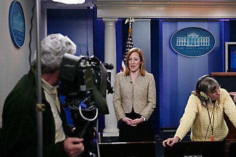 Џенифер Саки, службеница Стејт департмента која најчешће преноси званичне ставове САД о Украјини, и не само званичне. Извор: AP.