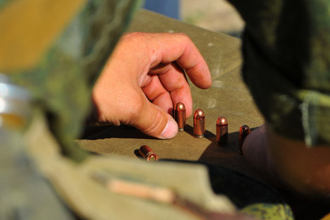 """Русија је тражила да се у текст споразума уврсти тачка о забрани испоруке наоружања """"неовлашћеним недржавним ентитетима"""", али њени предлози нису прихваћени. Извор: РИА """"Новости""""."""