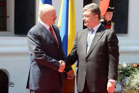 Александар Лукашенко је присуствовао инаугурацији Петра Порошенка у Кијеву. Извор: Прес-служба председника Белорусије.