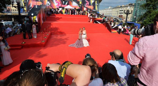 """ММКФ је друга најстарија смотра филмова после Венецијанског фестивала. Извор: РИА """"Новости""""."""