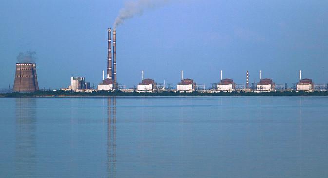 Украјина је 2012. и 2013. већ покушала да користи америчко гориво и ови покушаји замало нису довели до катастрофе. На фотографији: Запорошка нуклеарна електрана. Фотографија: Rehman.