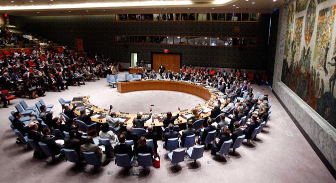 """Резолуција СБ УН осуђује дејства која су довела до обарања авиона и захтева """"позивање на одговорност лица која су крива за инцидент"""". Извор: Reuters."""