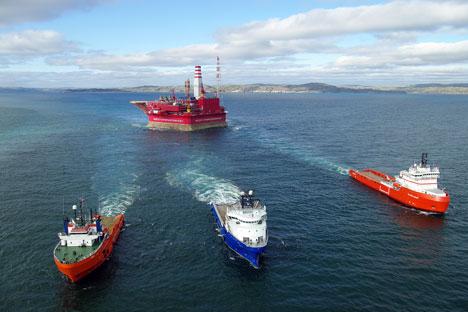 """Арктичка нафтна платформа """"Приразломна"""" у Печорском мору. Извор: ИТАР-ТАСС."""