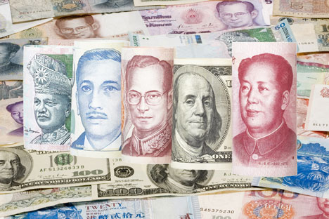 Према речима руских експерата, да ли ће конвертовање новца у азијске валуте постати свеобухватна тенденција зависи од тога колико далеко је Запад спреман да иде у увођењу санкција руској привреди. Извор: Shutterstock / Legion-Media.