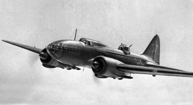"""Совјетски пилоти су бомбардовали Берлин бомбардерима Ил-4. Извор: РИА """"Новости""""."""