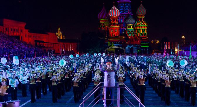 """У званичном програму овогодишње """"Спаске куле"""" учествовало је двадесет седам оркестара. Извор: Росијска газета."""