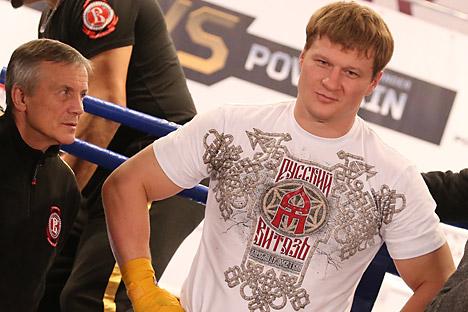 Појава новог таласа руских шампиона подстиче гледаоце да пуне боксерске дворане. На слици: Александар Поветкин. Извор: Photoshot / Vostock Photo.