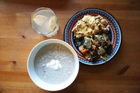 Правилан совјетски ручак је подразумевао четири различита јела. Фотографија: Ана Харзејева.