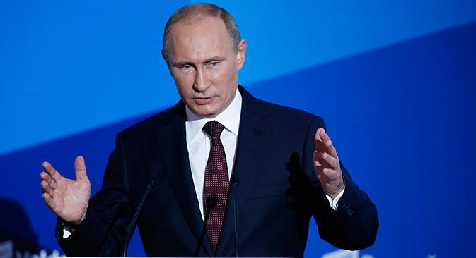 """Владимир Путин на заседању међународног дебатног клуба """"Валдај"""" у Сочију: Једнополарни свет је у суштини апологија диктатуре, и над људима, и над земљама. Извор: Reuters."""