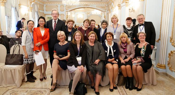 """На конкурсу """"Најбољи наставник руског језика у иностранству"""" учествовали су предавачи руског језика из 50 земаља. Извор: Press Photo."""