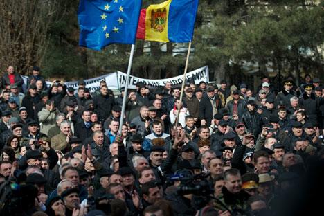 Крајем јуна, док су на истоку Украјине буктали ратни сукоби, Молдавија је са Европском унијом потписала Споразум о придруживању. Извор: AFP/East News.