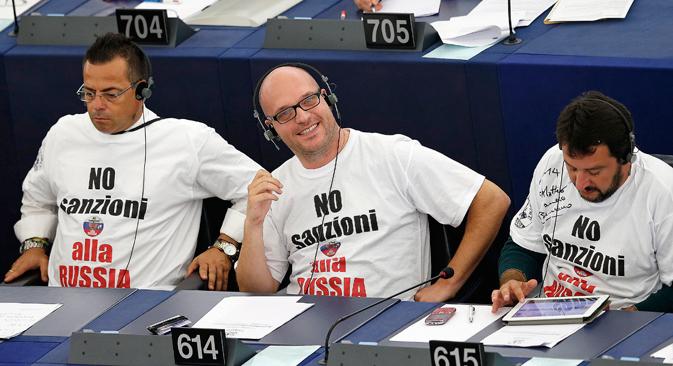Посланици италијанског парламента: јасно и гласно против санција Русији. Извор: Reuters.