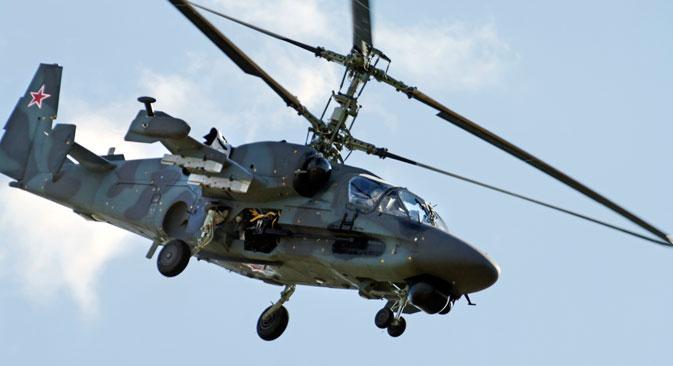 """Руски јуришни хеликоптер К-52 """"Алигатор"""". Фотографија: АP"""