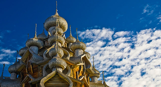 22 купола и никакви пирони: специалното на дървените църкви в Карелия.