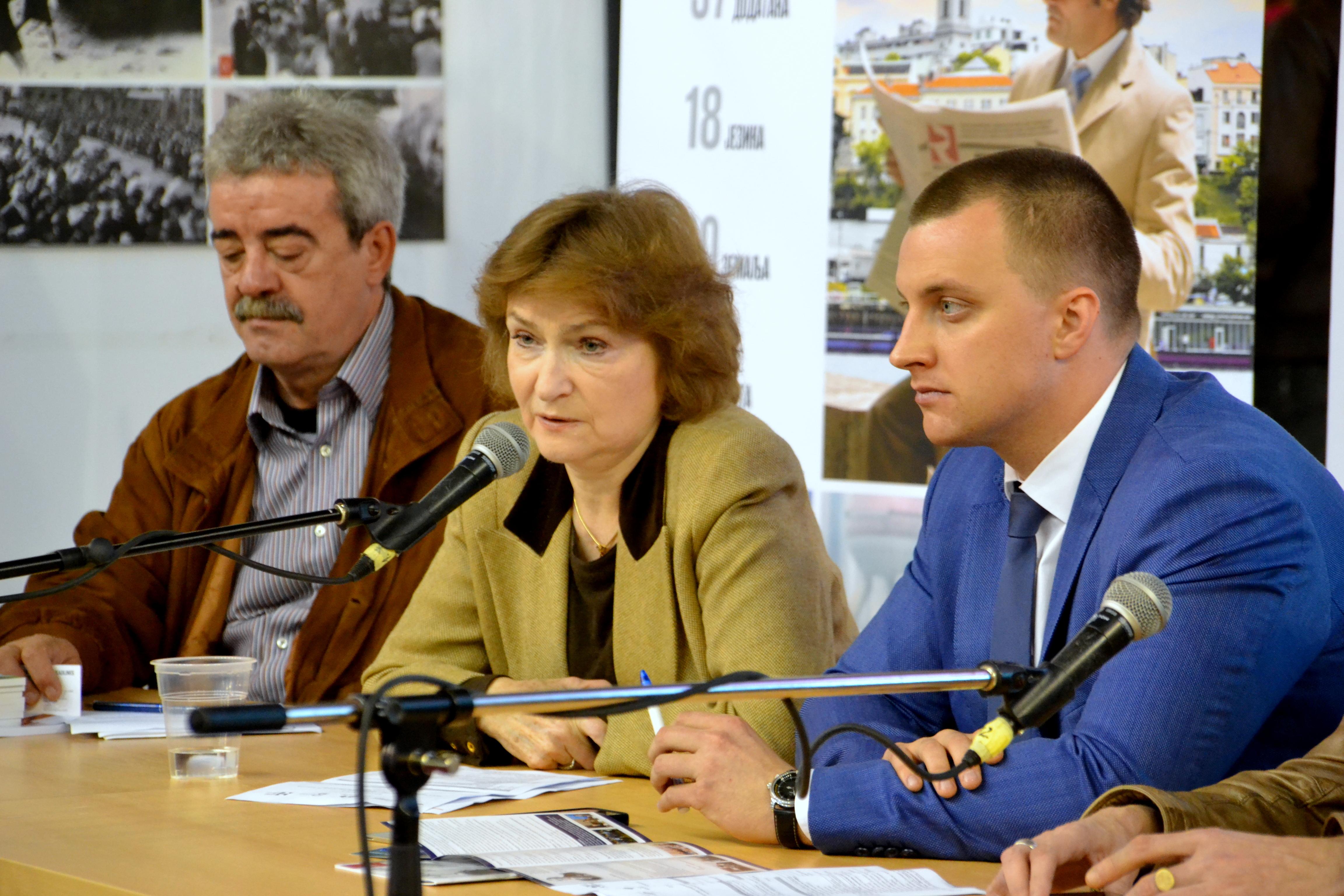 Наталија Нарочницка на 60. сајму књига у Београду.