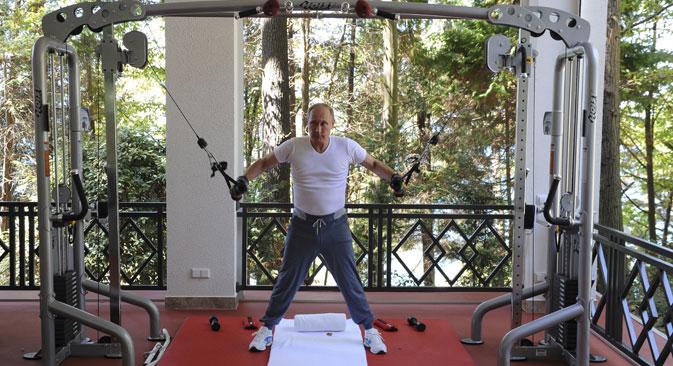 Председник Русије Владимир Путин тренира у резиденцији Бочаров Ручеј у Сочију. Фотографија: Reuters.