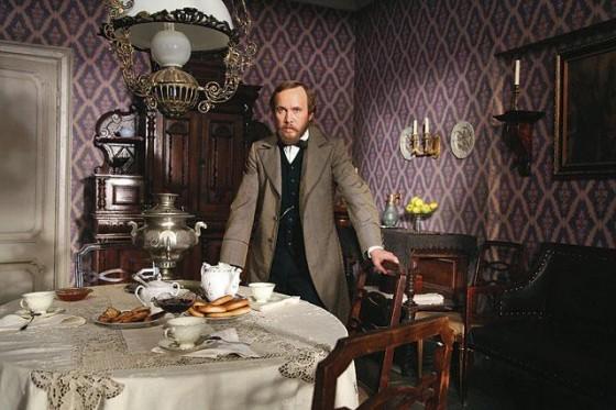 """Scena iz serijskog filma """"Dostojevski"""" (Jevgenij Mironov)."""
