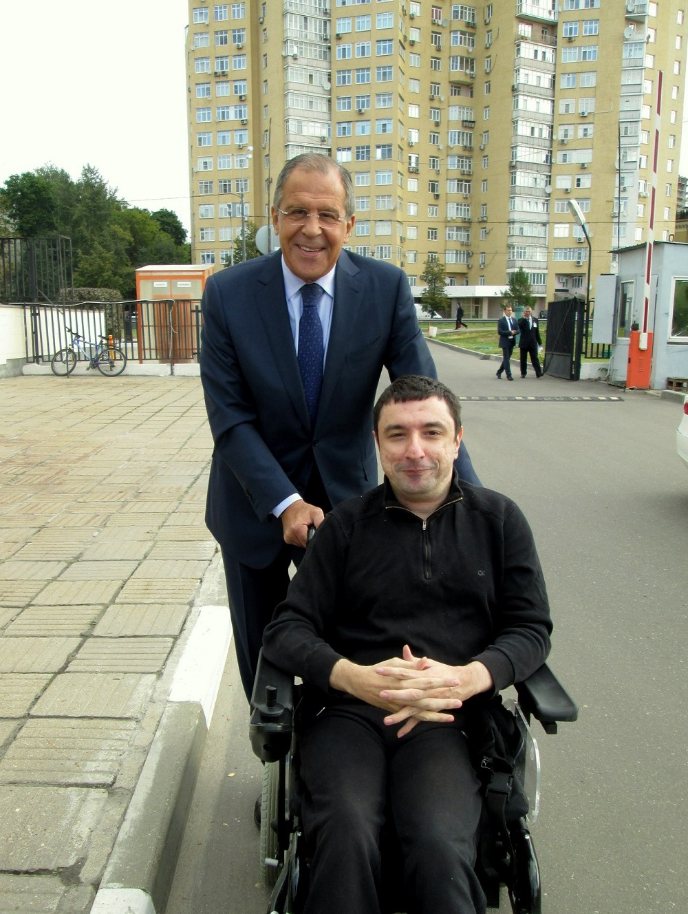 Бошко са Сергејем Лавровом. Фото из личне архиве.