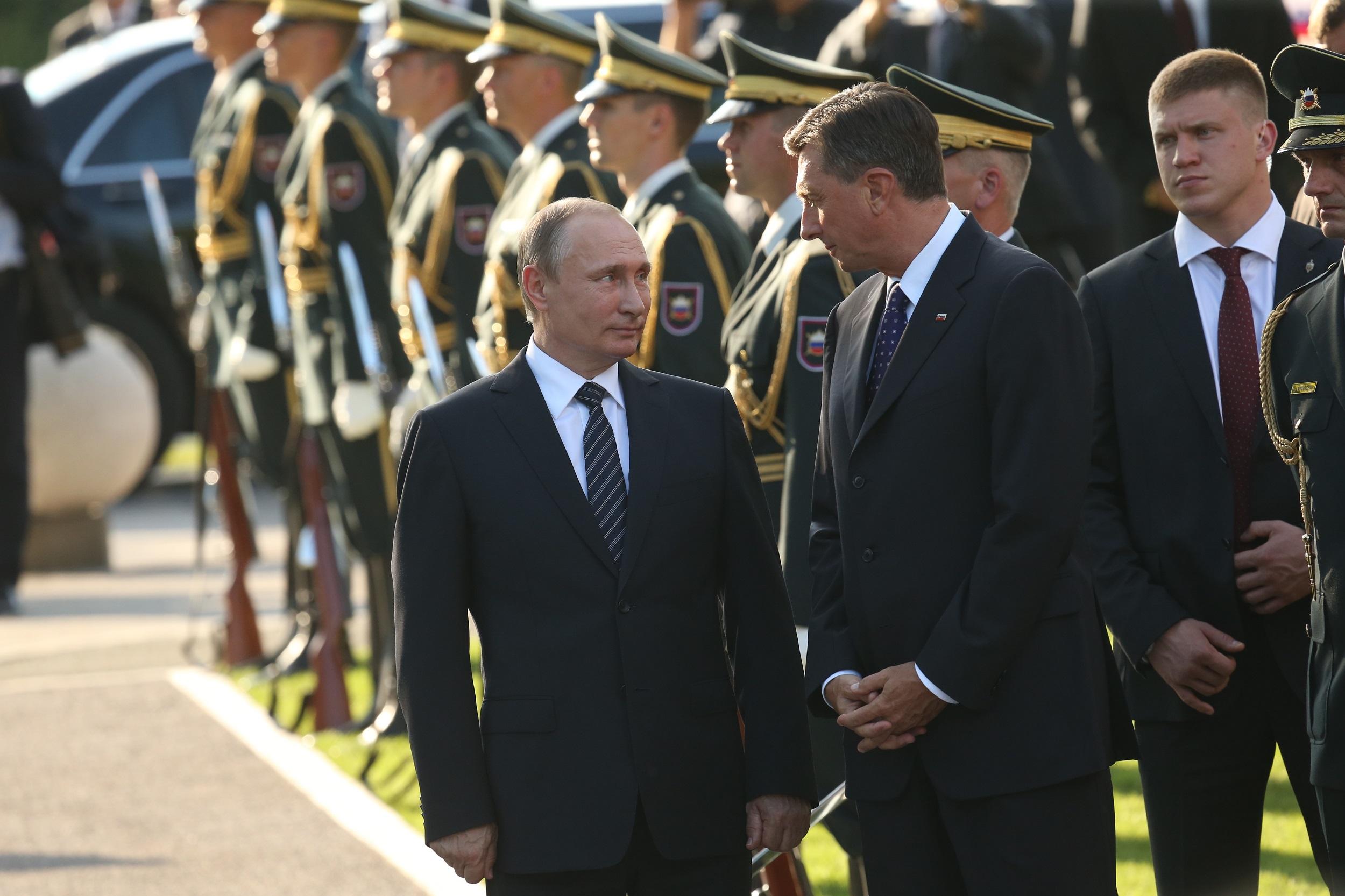 Ruski predsednik Vladimir Putin se je zahvalil za iskreno željo, da se gradijo trdi temelji evropske enotnosti.