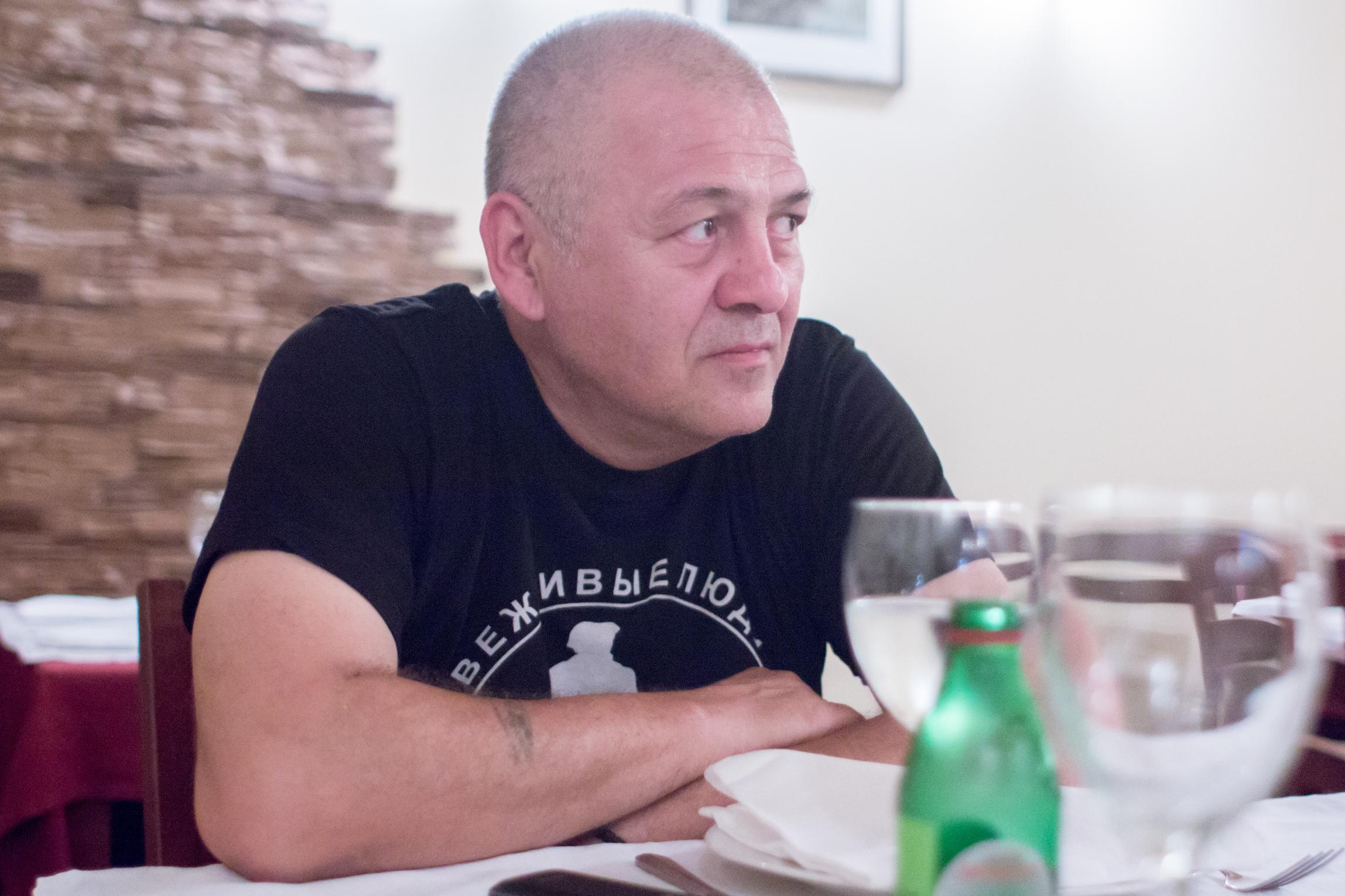 """Радомир Крајиновић: """"Погодио сам посао који ми одговара"""". Илустрација: Јекатерина Туришева"""