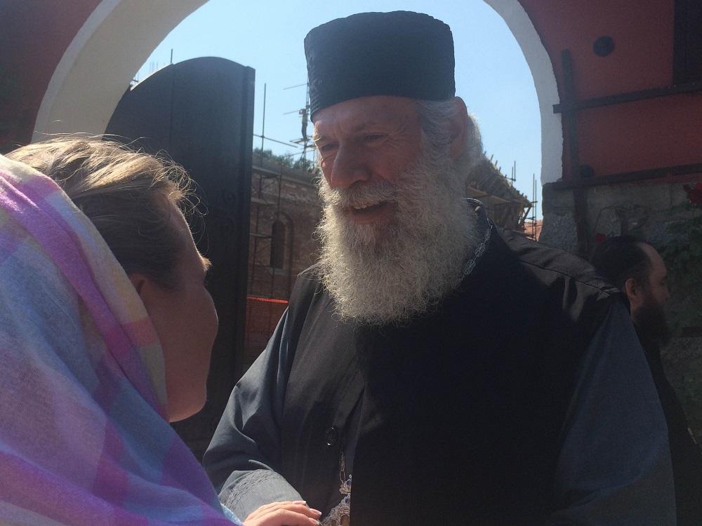 Настојатељ манастира отац Алексеј\n
