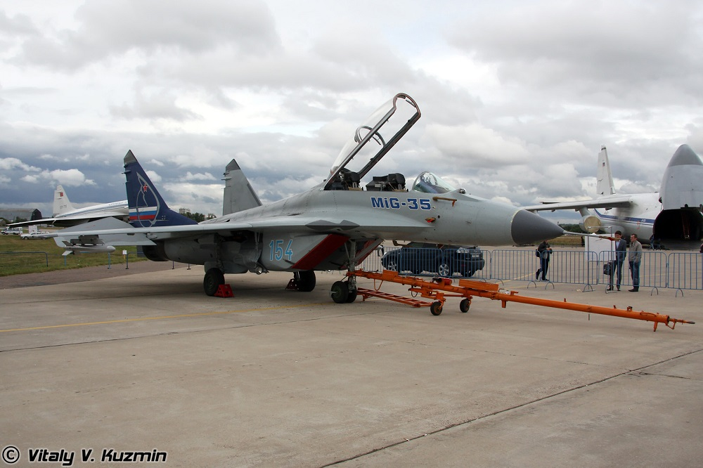 MiG-35 dilengkapi sejumlah perangkat aviasi yang dapat memungkinkan penggunaan tiap jenis senjata yang tersedia terhadap target udara, darat, dan permukaan.