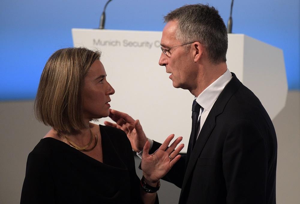 Федерика Могерини и Јенс Столтенберг на 53. безбедносној конференцији у Минхену /