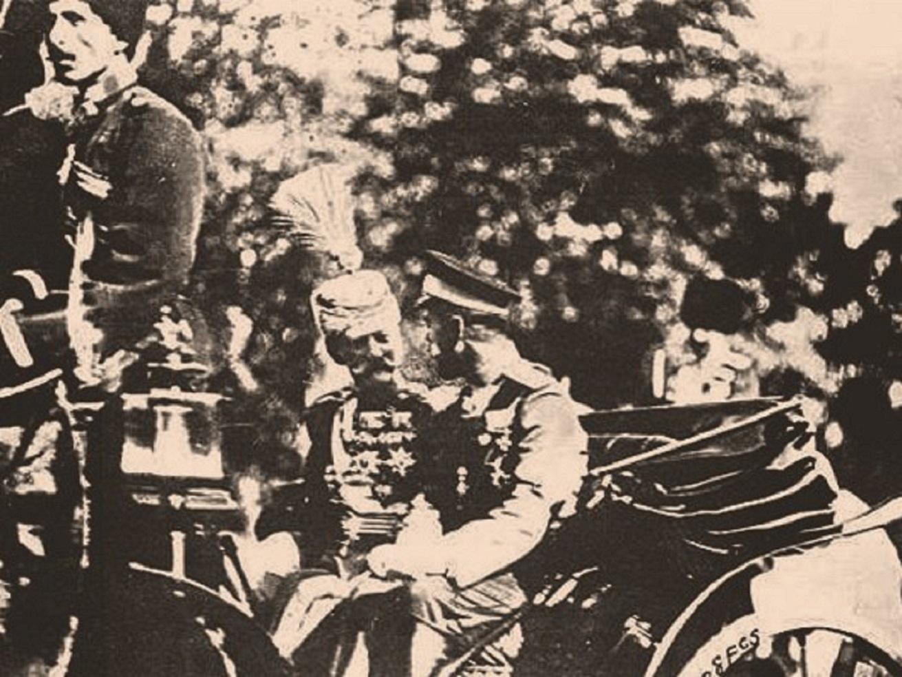 Цар Николај Други и краљ Петар Први, Санкт Петербург 1910. Извор: Архивска фотографија