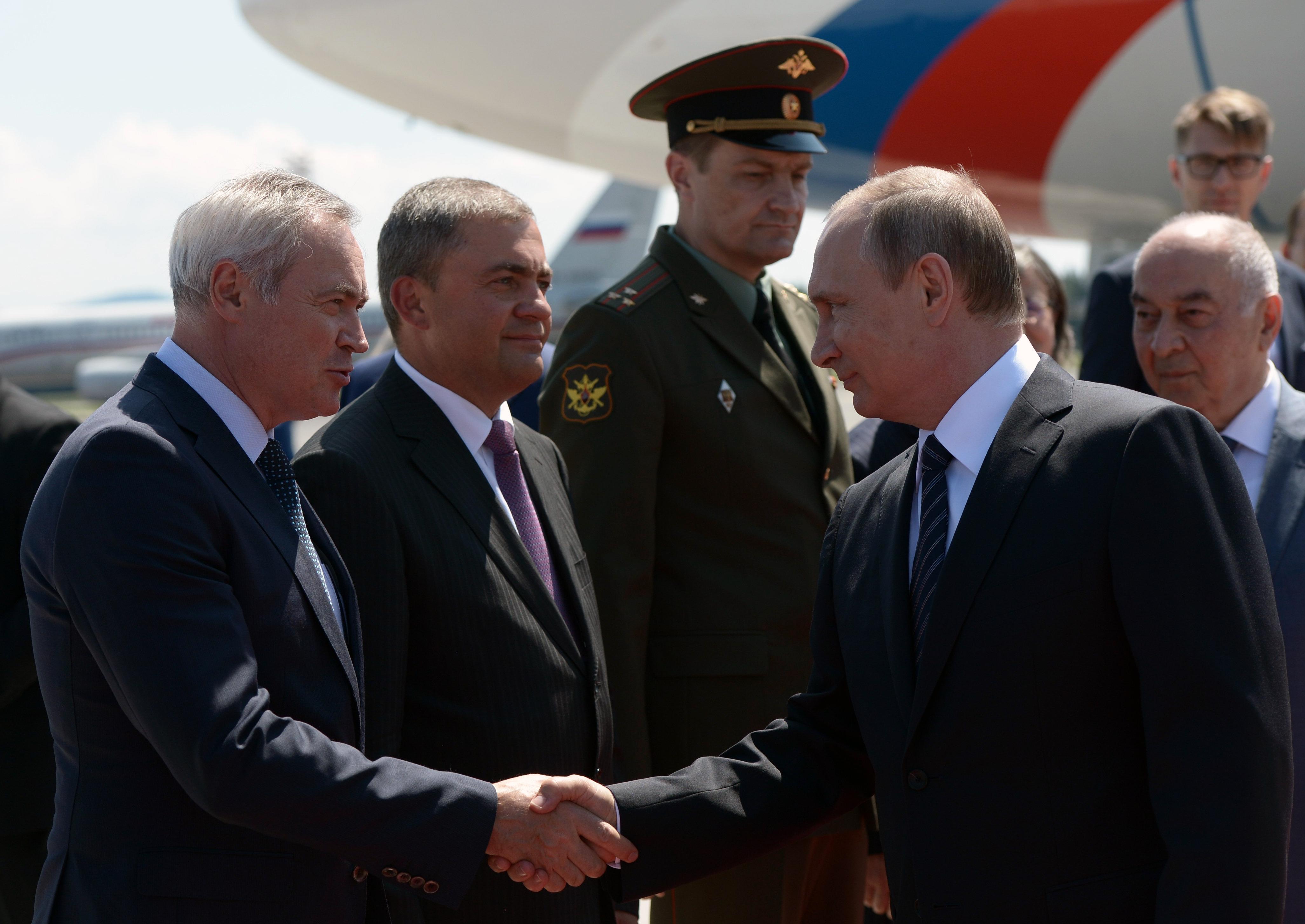 Ruski predsednik Vladimir Putin, ko je pristal na letališču Jožeta Pučnika v Ljubljani.