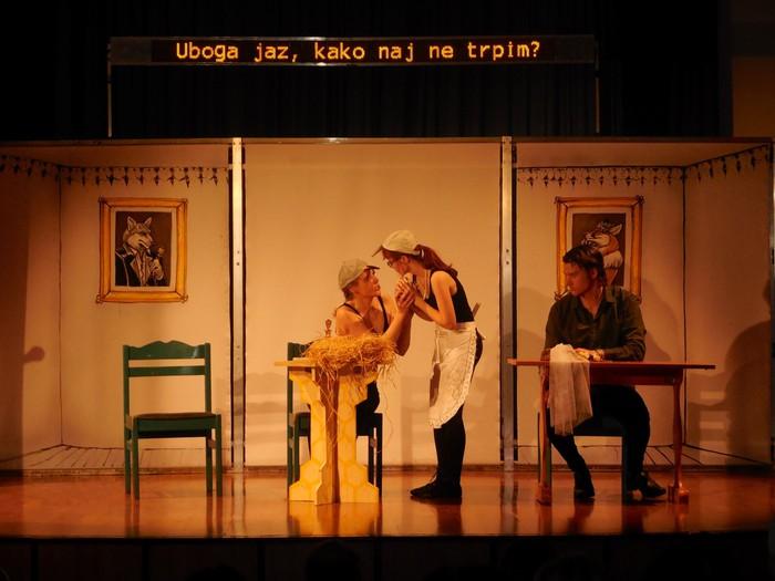 Prizor iz predstave Prevzetna nevesta leta 2014.