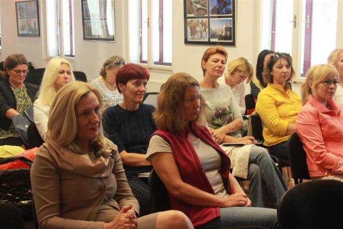 Dogodek je pritegnil učitelje ruskih šol, učitelje ruščine v slovenskih šolah, predavatelje iz centrov za dopolnilno izobraževanje, univerzitetne profesorje. Prišli so tudi hrvaški gostje. Vir: RCZK