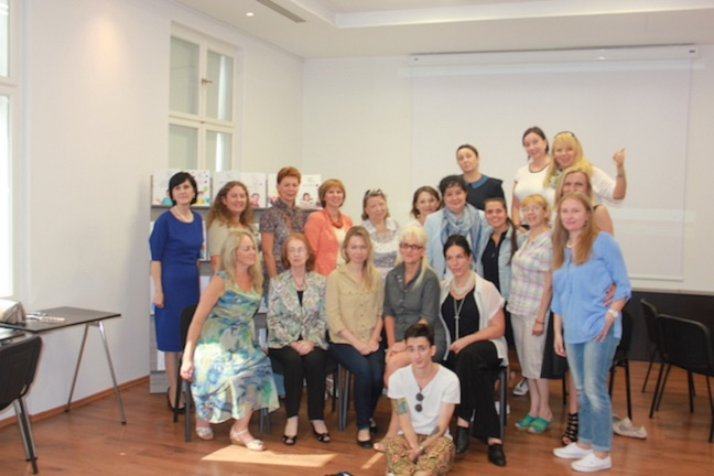 Fotografija gostov iz moskovskega inštituta Evrika in nekaj udeležencev. Evrika bo v RCZK ponovno gostovala oktobra, ko bodo udeleženci tokratnega dogodka predstavili svoje nove projekte. Vir: Olga Ustjugova, Evrika
