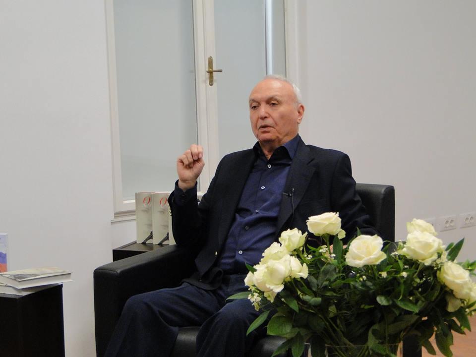 Robert Jengibarjan je direktor Mednarodnega inštituta za upravljanje na Moskovski državni univerzi za mednarodne odnose MGIMO. Vir: Ruski center znanosti in kulture (RCZK).