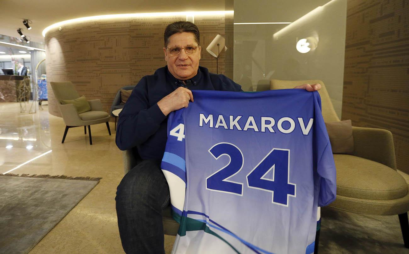 Sergej Makarov z dresom Planeta zmagovalcev v hotelu Slon v Ljubljani.