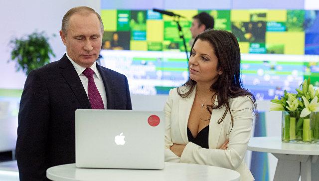 Putin in Simonjanova ob deseti obletnici ustanovitve RT.