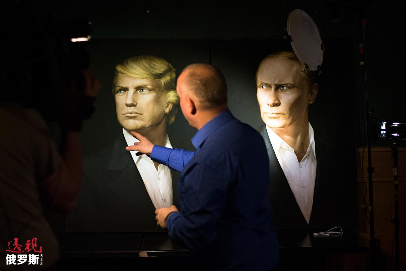 Gambar Presiden terpilih AS Donald Trump berdampingan dengan Presiden Rusia Vladimir Putin.